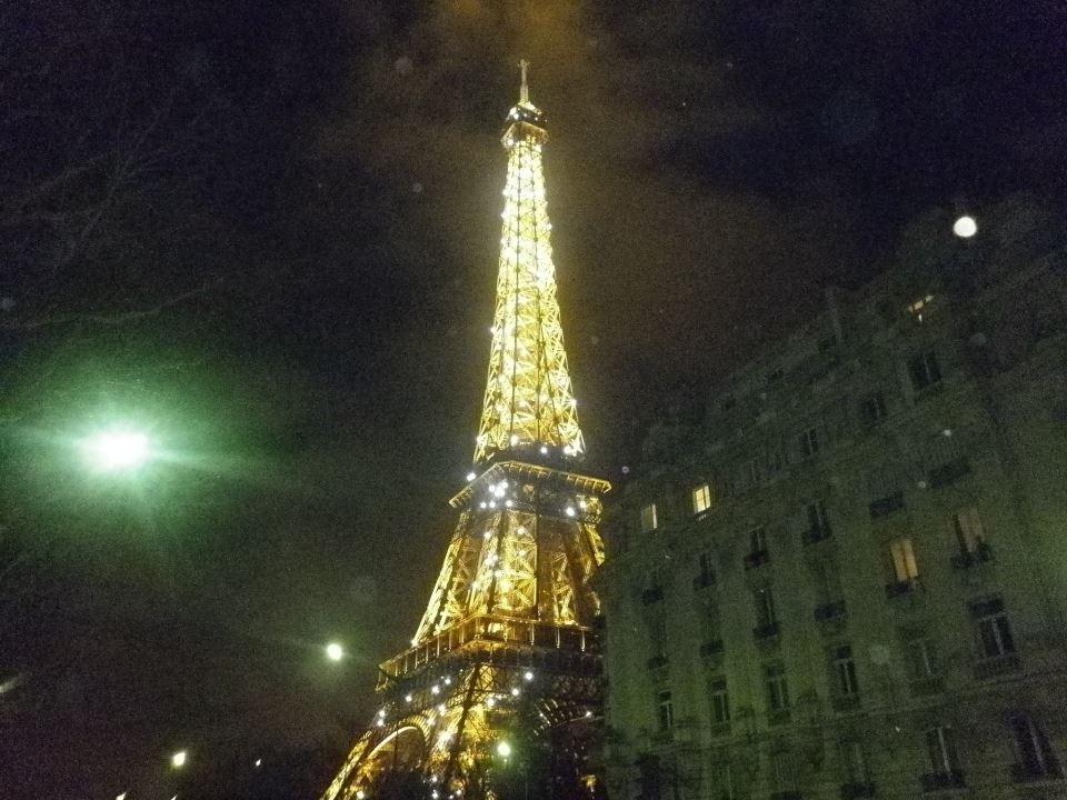 Loin de Paris. dans AU HASARD D'UNE PROMENADE. 406874_3833597525748_1798016464_n