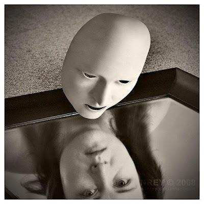 Les masques. dans LES MASQUES. 602625_456614934362231_1956713762_n