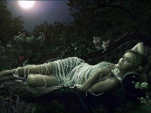 Femme en attente. dans ET LES FEMMES ! dripping-in-pearls