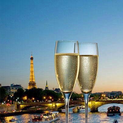 Paris. dans AU HASARD D'UNE PROMENADE. 15773_285769718212188_1895799803_n