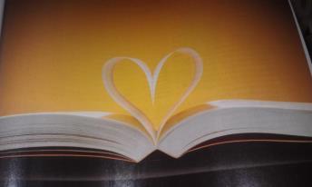 Le livre. dans ECRIRE, LIRE:CITATIONS EN IMAGES. 423520_232365436885950_249321135_n