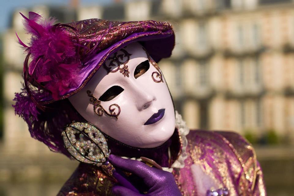Le masque. dans LES MASQUES. 548373_3060400465541_1471163966_n