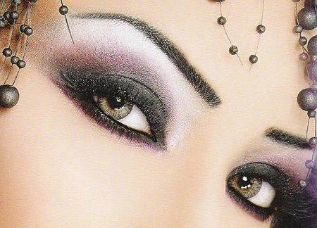 yeux de femme. dans ET LES FEMMES ! 293291_263666023663882_1280797966_n