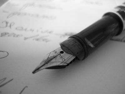 Ecrire. dans ECRIRE, LIRE:CITATIONS EN IMAGES. 401815_245499322256643_1005653909_n